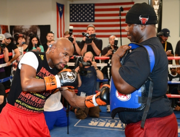 Exclusive: Pre-fight interview with Mayweather Co-Trainer Nate Jones